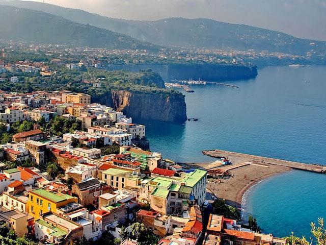 Amalfi Kıyıları & Sorrento Turu